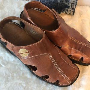Like new Josef Seibel size 40 sandals